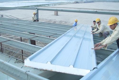 Phương pháp chống nóng mái tôn hiệu quả