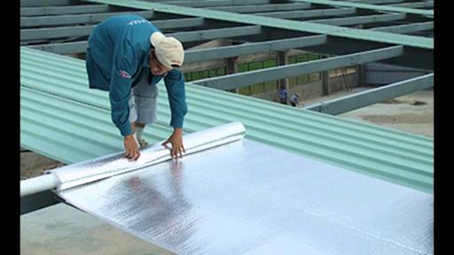 Một trong những cách cách nhiệt mái tôn hiệu quả là xốp cách nhiệt